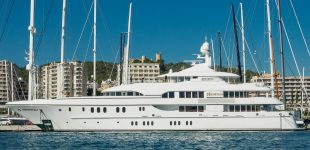 Moorings for superyachts